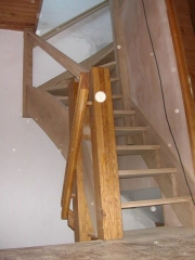escalier-robinet-vue-face