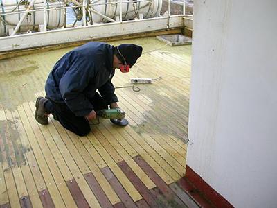 Restauration pont de bateau