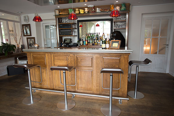 Assemblage bar