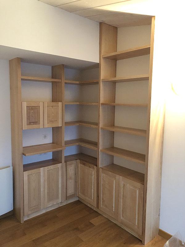 bibliothèque en bois massif la trinité sur mer